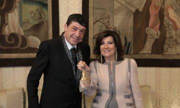 """Fiasconaro premiato con la prestigiosa """"campanella"""" del Senato"""