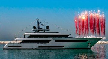 Yacht, è arrivato il figlio di Enzo Ferrari