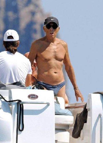 Yacht, Re Giorgio Armani a Panarea.