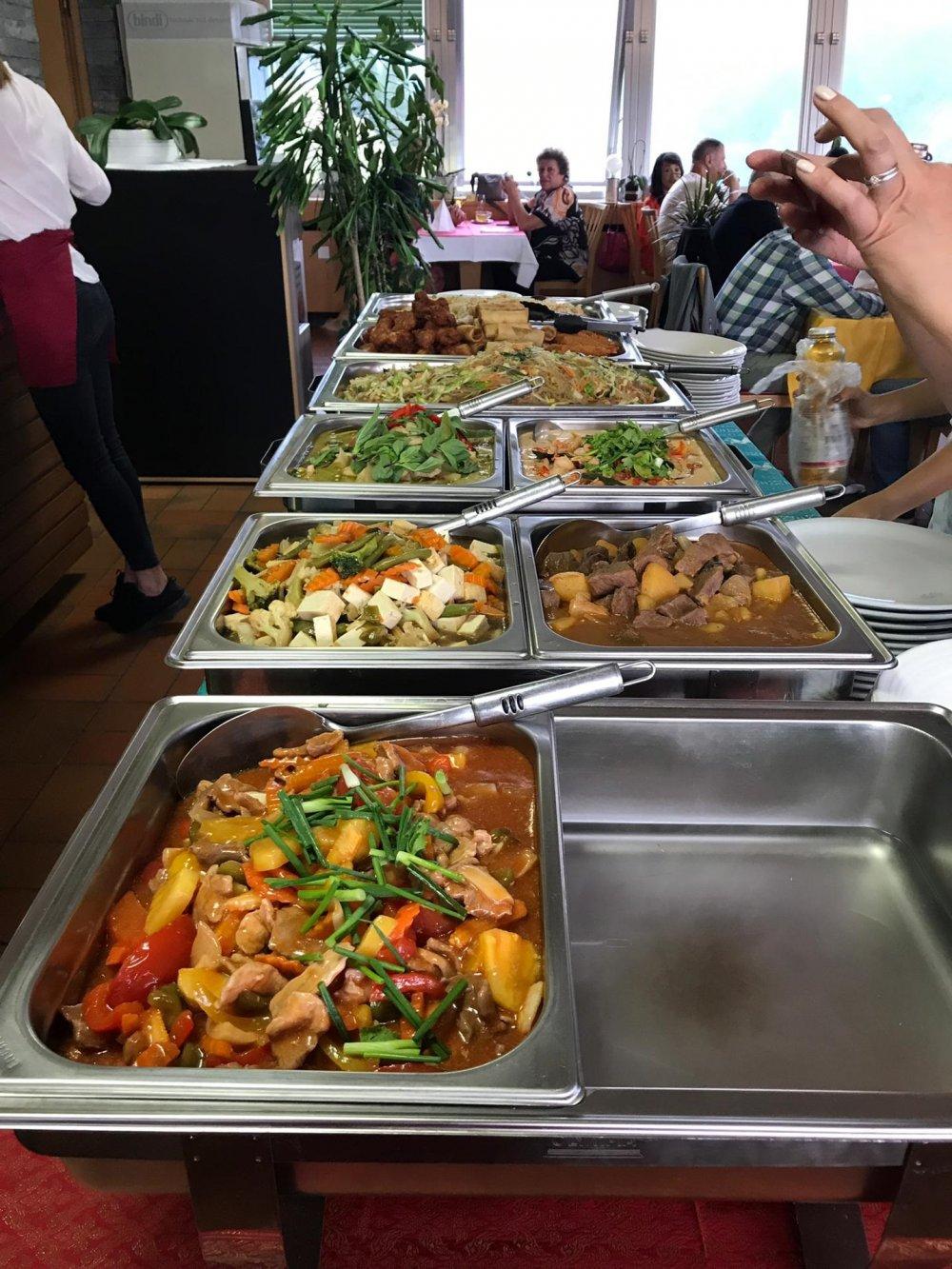 Thai cena