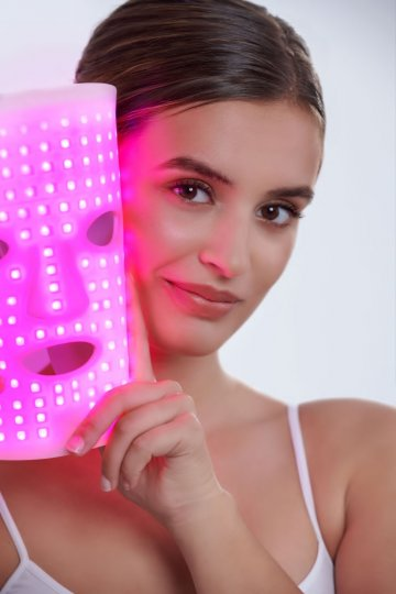 LED-XPERT SKIN LIGHT THERAPY
