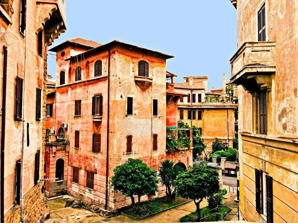 Alla Scoperta della Garbatella con Cicero in Rome