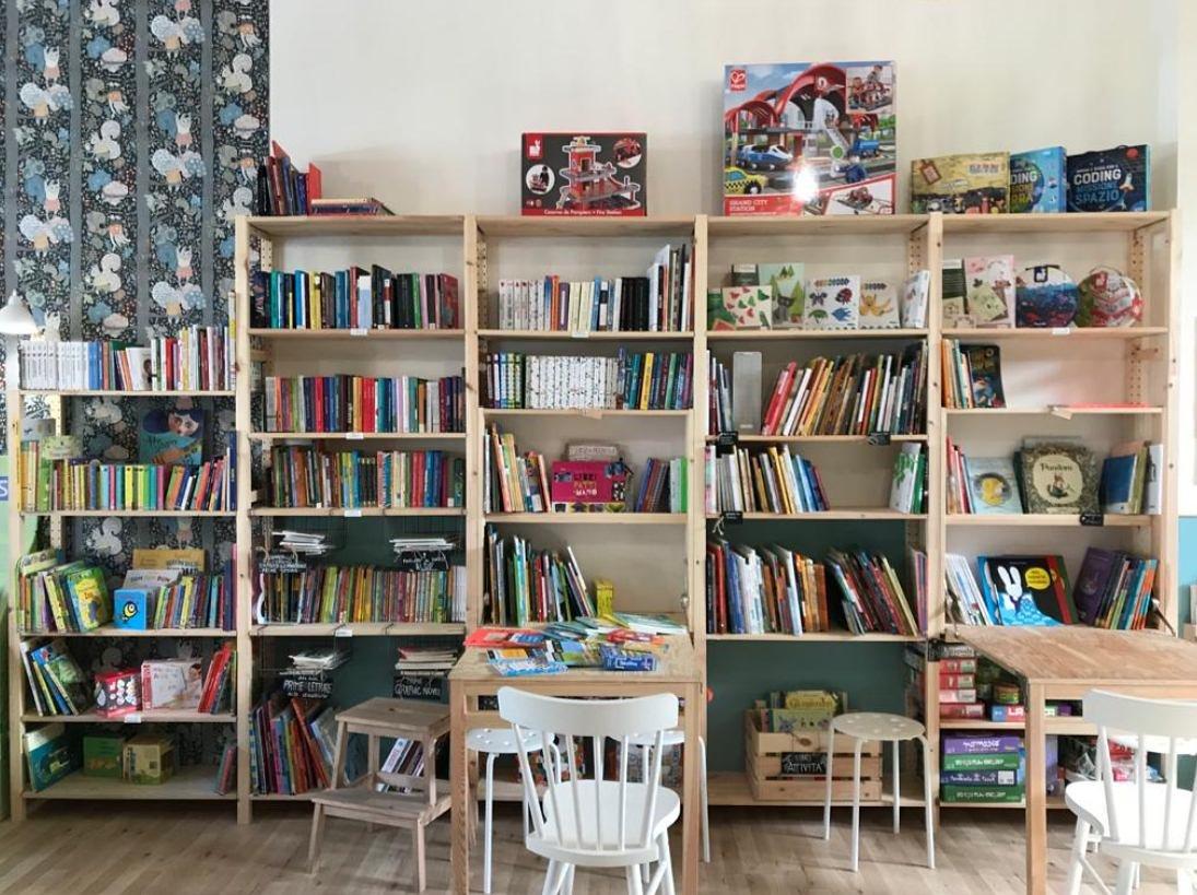 Lotta libreria compie un anno