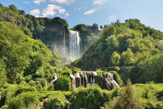 Escursione alla Cascata delle Marmore, il paese fantasma di Umbriano, il Nera