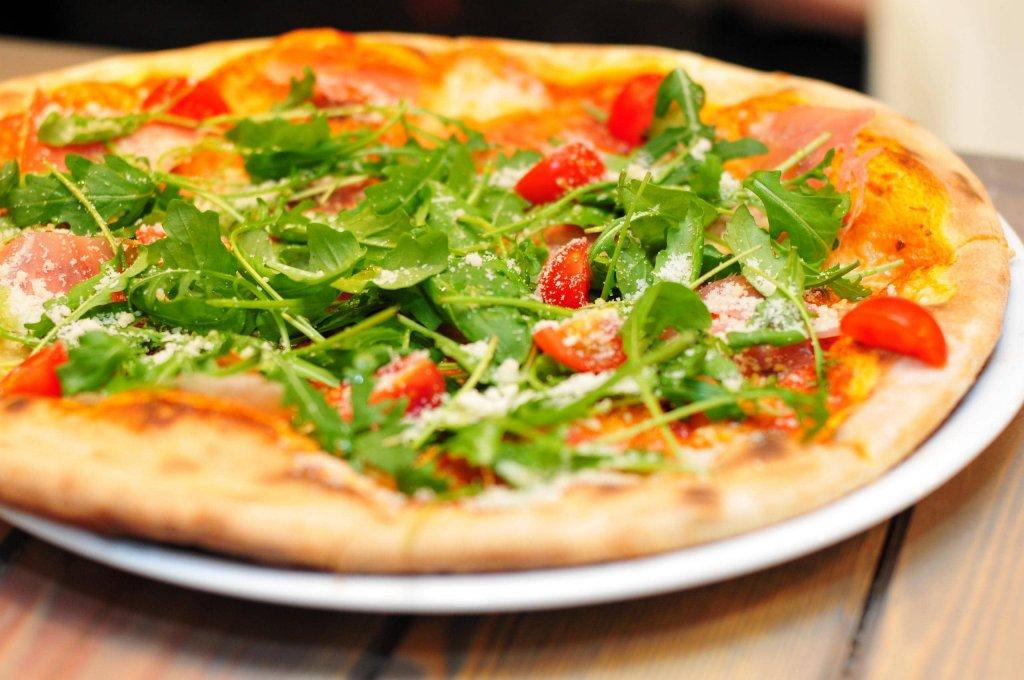Monte San Vito - Menu Pizza per 2 | Country House Gli Ulivi del Monte by Tana Libera Tutti | Monte San Vito, via Moruco C, 2 | Tel. 388 8230897 | Offerta valida fino al 30/06/21