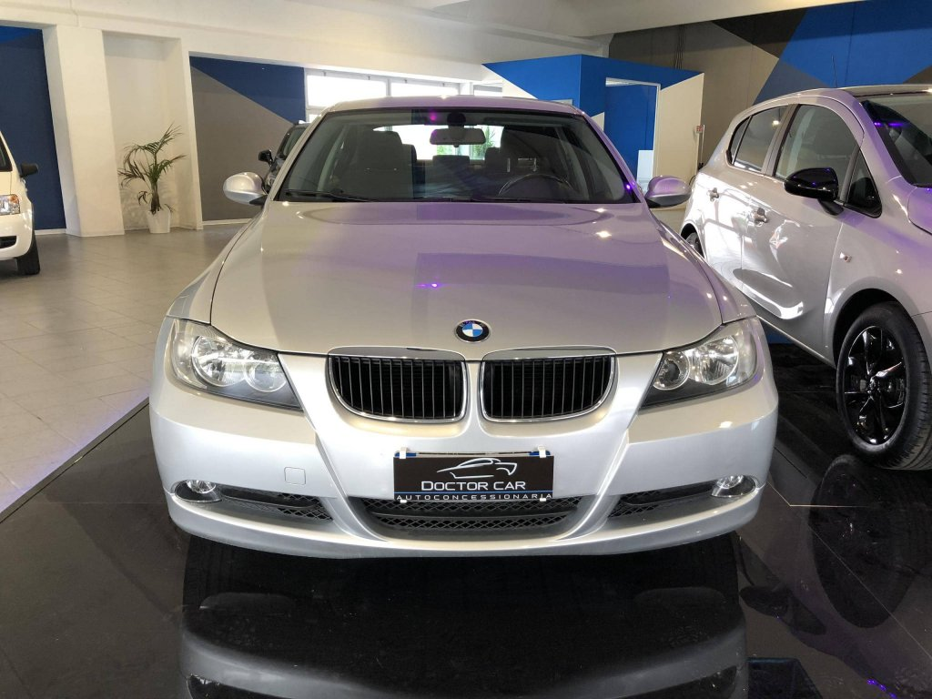 Castelplanio - BMW 320D 2.0 cc diesel | Autocarrozzeria Doctor Car | Casteplanio, Via Brodolini, 23 | Tel. 3201459011