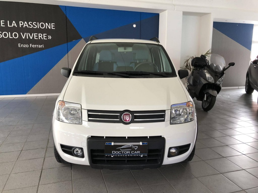 Castelplanio - Fiat Panda 1.2cc metano   Autocarrozzeria Doctor Car   Casteplanio, Via Brodolini, 23   Tel. 3201459011