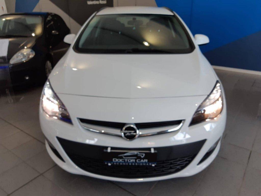 Castelplanio - Opel Astra ECOflex | Doctor Car | Castelplanio, via Brodolini 23