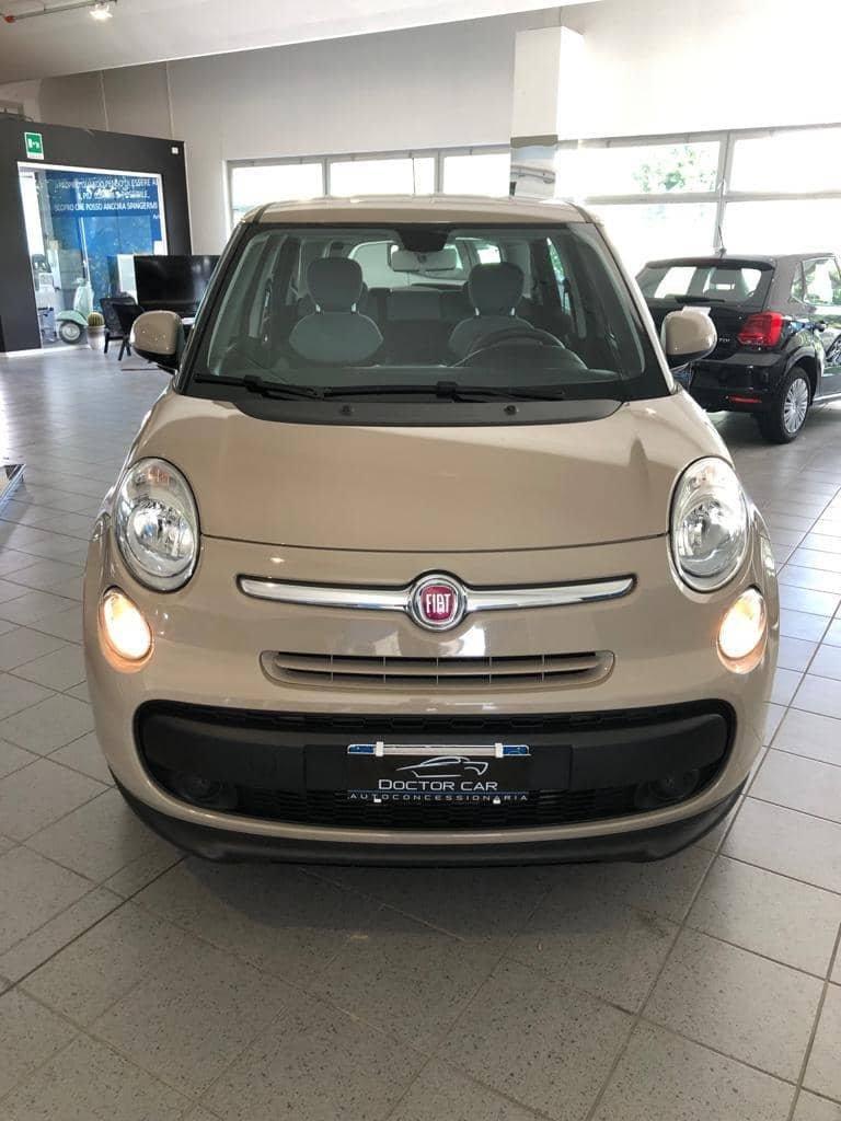 Castelplanio - Fiat 500L Metano | Doctor Car | Castelplanio, via Brodolini 23