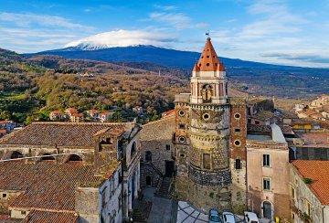 Castiglione di Sicilia, il borgo medievale nella Valle dell'Alcantara