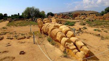 Valle dei Templi: tornano a splendere il Tempio di Zeus Olimpio e i suoi giganti