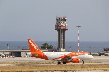 Easyjet riattiva il volo Palermo-Amsterdam: la novità in estate
