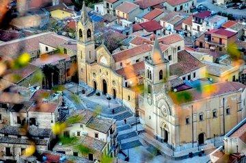 Mezzojuso, piccolo paese siciliano dalla storia straordinaria