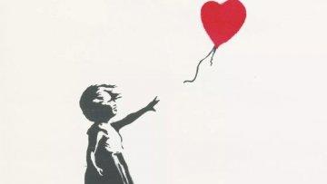 Riaprono le mostre Banksy e David Bowie in Sicilia