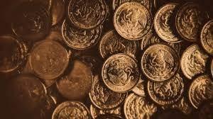Palermo, gli scavi in via Roma rivelano un tesoro: trovate monete in bronzo