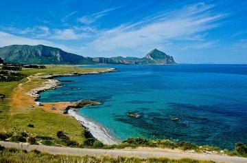 Un borgo immerso tra acque cristalline e palme: alla scoperta di Màcari, i Caraibi di Sicilia