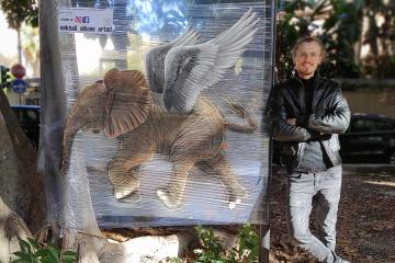 Trasforma Catania in una galleria a cielo aperto: chi è l'artista russo