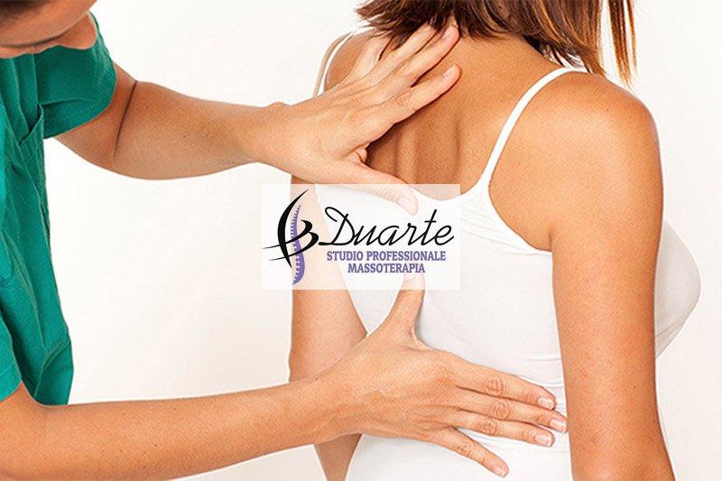 Problemi alla schiena dovuti alla postura non corretta? - Duarte Studio Professionale Massoterapia