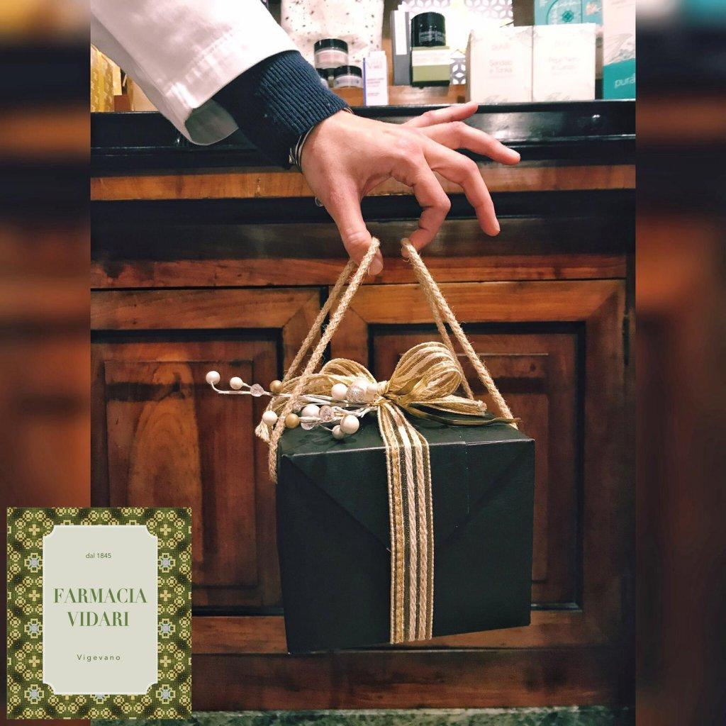 Scegli i tuoi regali da Farmacia Vidari