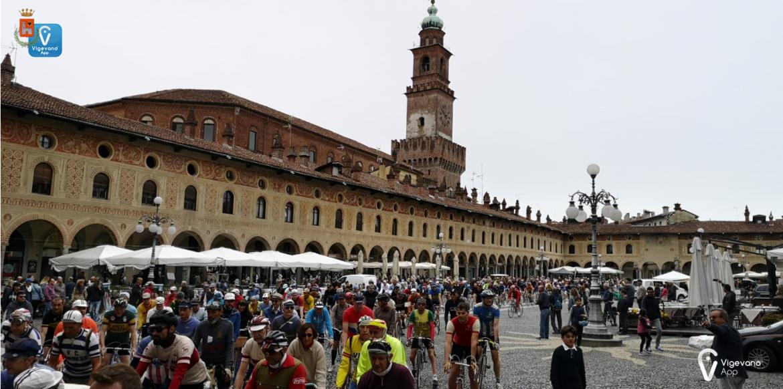 Vigevano24: 300 appassionati ciclisti per la Ducale Ciclostorica