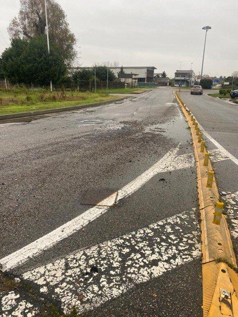 Vigevano24: Gambolò, è allarme buche sulle strade provinciali. Diverse squadre della Provincia al lavoro per i rattoppi