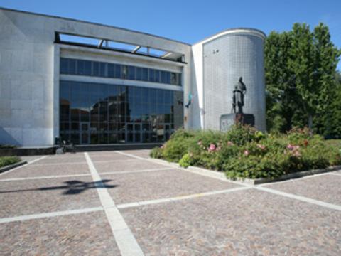 Vigevano24: Vigevano: da oggi entrerà in funzione una nuova sala d'attesa agli uffici dell'anagrafe