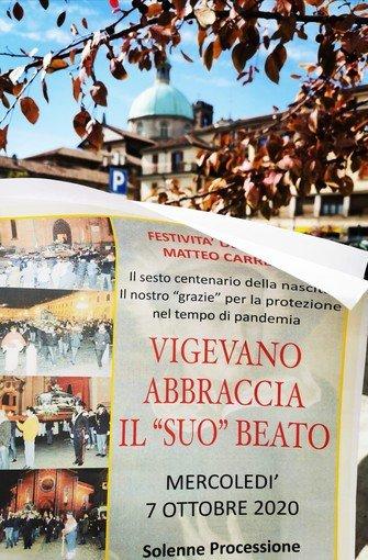 Vigevano24: Vigevano abbraccia il suo protettore