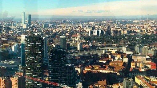 Vigevano24: Ipotesi zona gialla per la Lombardia dal 25 aprile. «Ripartiamo da bar e ristoranti aperti all'esterno ma anche da palestre e piscine...»