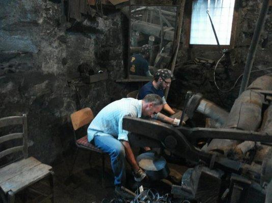 Knitwear and shears