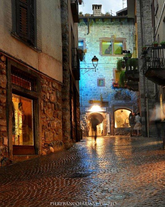 Bienno, Borgo medievale
